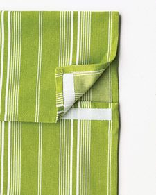 Keep Kitchen Towels From Slipping Off The Oven Door By Sewing Velcro On