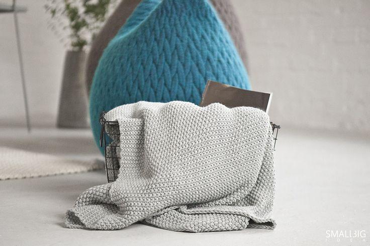 © smallbigidea.com Casalis Slumber pouf and woolen plaid.