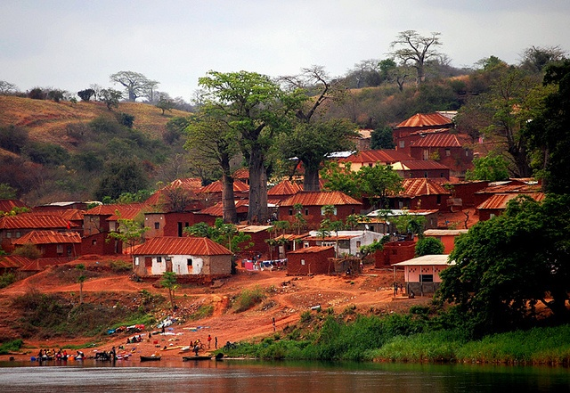 Dondo, Angola | Dondo is a town in northern Angola. It belongs to Cuanza Norte Province.