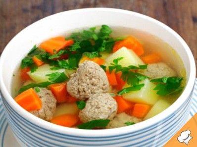 Суп с фрикадельками и черносливом