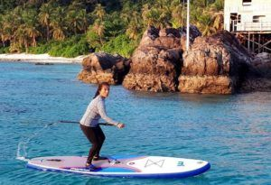 Susi Pudjiastuti Saat Kunjungi Pulau Berbadan Dua di Natuna