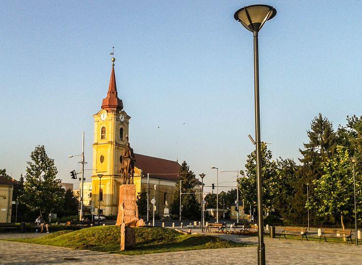 Kálvin tér és a Református templom / Calvin square and the Reformed church (Berettyóújfalu, Hajdú-Bihar, Great Plain)