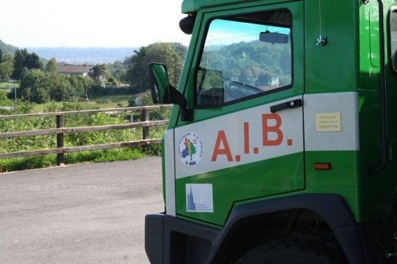 Intervista al caposquadra #AIB Alfonso Curella | ilVergante  http://ilvergante.com/2013/08/24/intervista-al-caposquadra-aib-alfonso-curella/ #camion #Invorio ( #Novara #Piedmont #Italy )