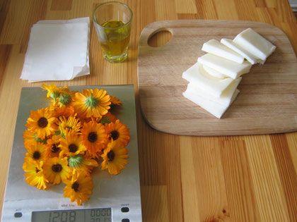 die besten 25 ringelblumensalbe rezept ideen auf pinterest ringelblumensalbe selber machen. Black Bedroom Furniture Sets. Home Design Ideas