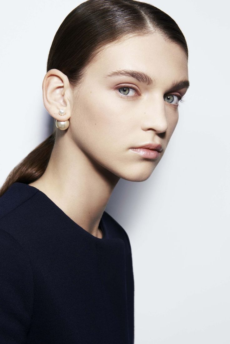 Rapidly ascending the ranks of the must-have, these tribal-inspired, asymmetric Dior earrings are worn alone or as a duo, creating whole new customiza