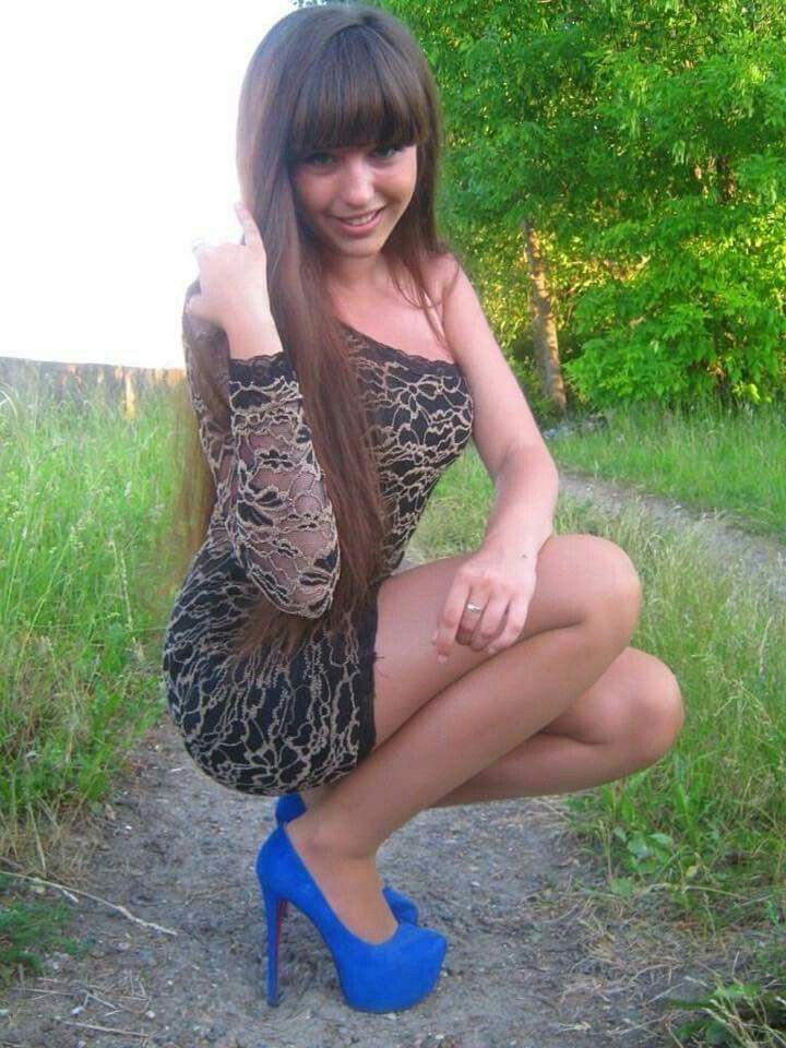 Pin En Long Hair Women D-6641
