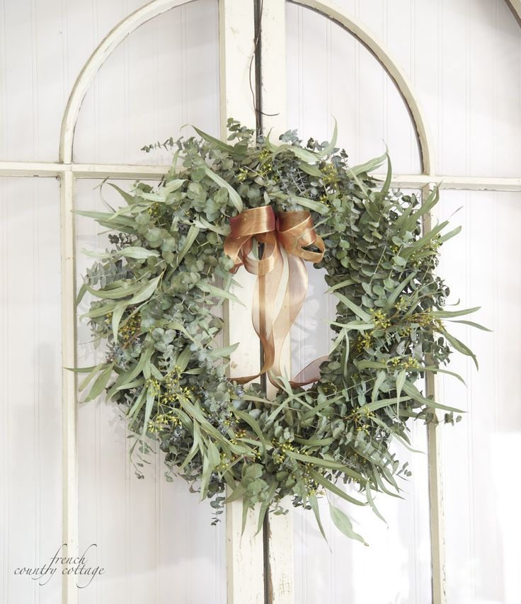 FRENCH COUNTRY COTTAGE: Fresh Eucalyptus Wreath: Christmas Wreaths, French Country Cottages, Celebrity Mom, Crown, Cottages Christmas, Christmas Decor, Eucalyptus Wreaths From, Corona Eucalipto, Christmas Ideas