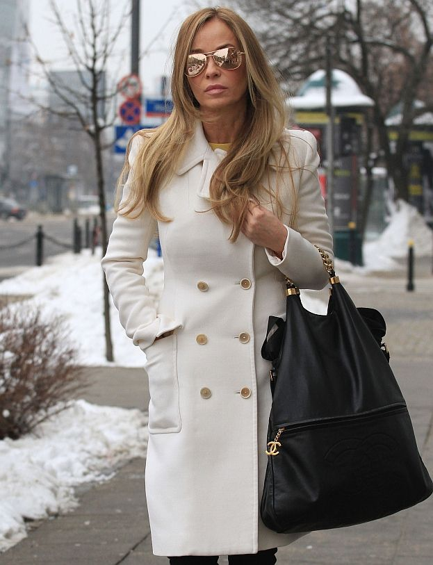 Luksusowa Kulczykowa: Limuzyna, Louboutiny, złote okulary... (ZDJĘCIA)