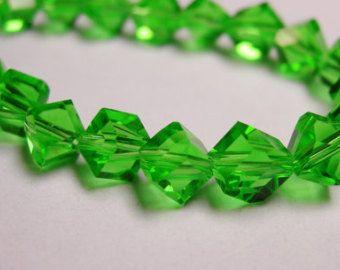 Trapano angolo di cristallo sfaccettato cubo - 70 pezzi - filo pieno - 6 mm - una qualità - verde-