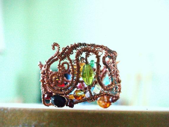 Bracelet CRed copper glassbeads by Lajouredotcom on Etsy, kr249.00