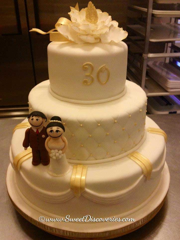 30 Years Of Wedded Bliss I Would Eat This Cake Had Wedding Anniversary
