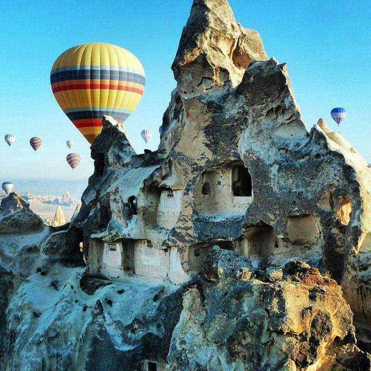 Cappadocia Hot Air Balloon Ride.  #turkey #dreamandfind