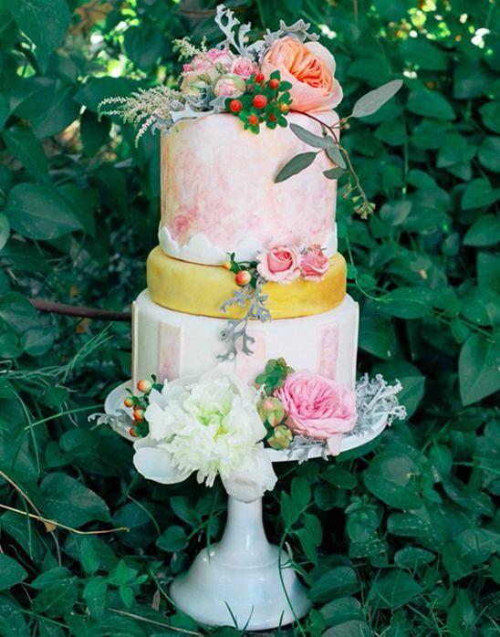 おしゃれ!春の結婚式にぴったりなウェディングケーキまとめ一覧♡
