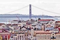 tejados y puente 25 de abril
