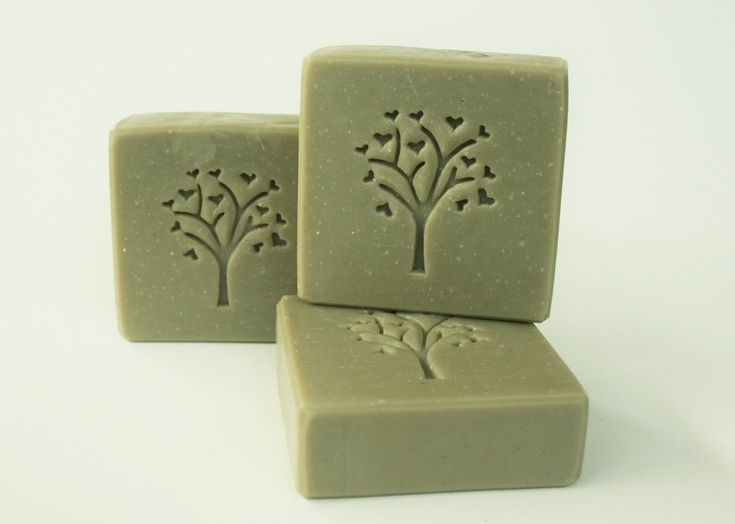 Receta para elaborar jabón de arcilla verde. Es un gran aliado para tratar las pieles grasas y con acné.
