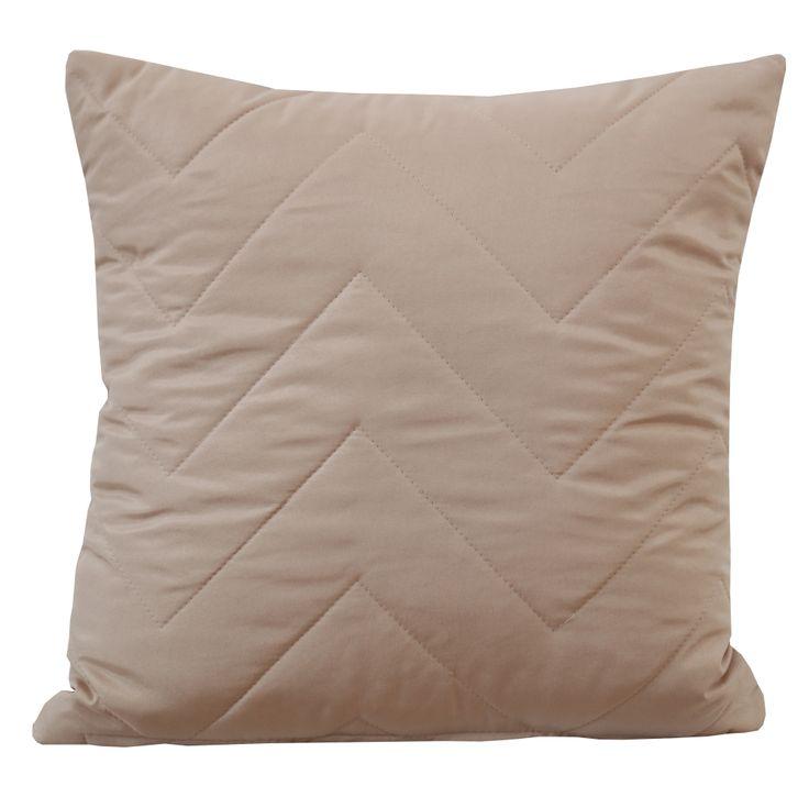 Pikowana poszewka na poduszkę w kolorze beżowym