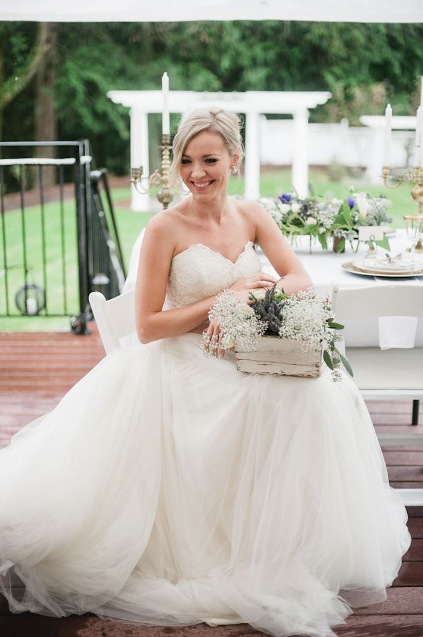 Bride in watterswtoo agatha gown weddings archives for Wedding dresses seattle washington