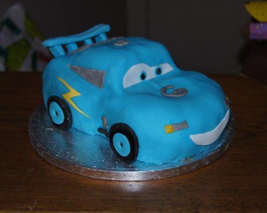 Gâteau Cars Dinocco