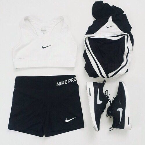 Workout wear! Nike, Adidas, cute gym wear! Crop top