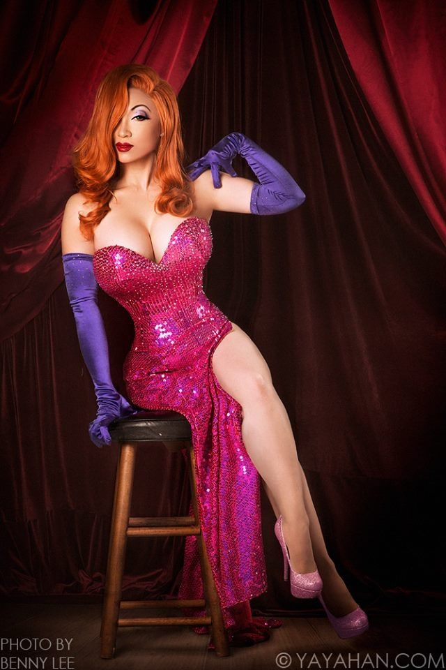 Jessica Rabbit cosplay by Yaya Han