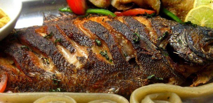 J'ai toujours aimé les plats simples à cuisiner qui ont un goût exquis pouvant me couper le souffle. Juste le fait que j'y pense me fait venir déjà de l'eau à la bouche. Tout cet après midi j'ai eu mes idées focalisées sur les bananes frites « Alloco» accompagnées de poisson braisé bien assaisonné. Du…