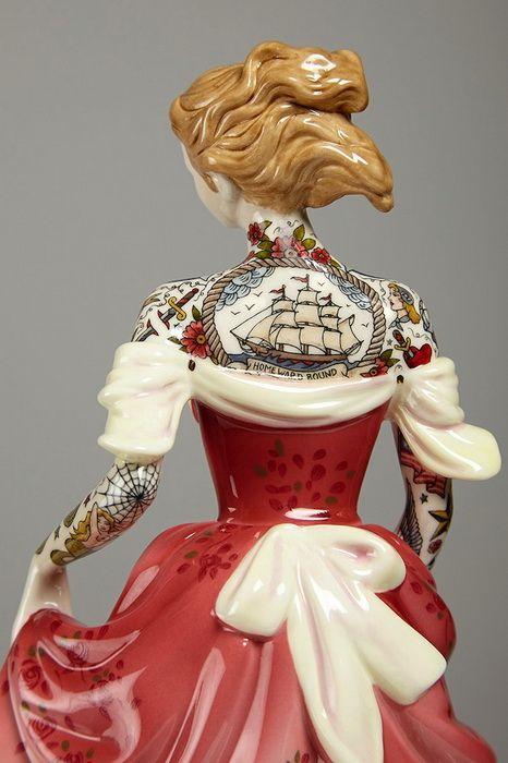 Фарфоровые куклы с татуировками. Викторианские девушки с татуировками