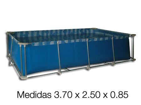 Pileta de Lona N° 5 (Medidas: 3,70 x 2,50 x 0,85). >>$5,418.00<< Confeccionadas con lona vinilica PAMPERO.  Las uniones de los paños se realizan con equipos electronicos de radio frecuencia y posee doble costuras en los laterales. Caños de acero galvanizados, por dentro y por fuera, en un solo tramo sin empalmes ni acoples. Accesorios en Poliamida 66, doble pata en las esquinas y una doble estructura con caños y fajas de seguridad.  Capacidad aprox. de 6800 litros de agua.
