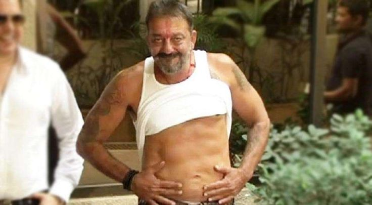 Sanjay Dutt Continues His Prison Workout Routine Even At Home