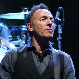 Bruce Springsteen Covers Lorde's 'Royals' In New Zealand Good song.