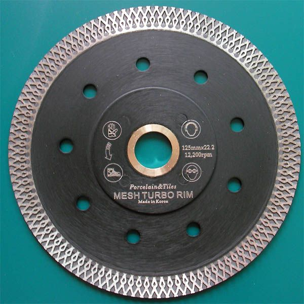 Turbo Mesh Blade providing fast & clean cutting the hard porcelain, granite tiles as well as any kind of tiles. Featuring of Rivet Both Reinforced, and Silent cutting by patented rim segment. Made in Korea guarantees consistent high quality.  http://www.stonetools.co.kr/mesh_turbo_blade.htm