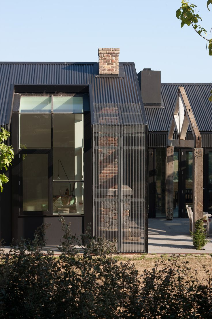 Whitehall Black | Jolson Architecture Interiors Landscapes