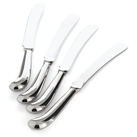 With a classically beautiful design, our Pistol Grip cutlery is ideal for either everyday use or special occasions. This incredibly hard-wearing range of cutlery is made from the highest quality 18 micron stainless steel (for maximum shine and durability) and features a stylish, ergonomically designed, curved handle. Choose from our individual sets of four to create a bespoke silverware collection which will last you for many years to come. Also available in the Pistol Grip range are…