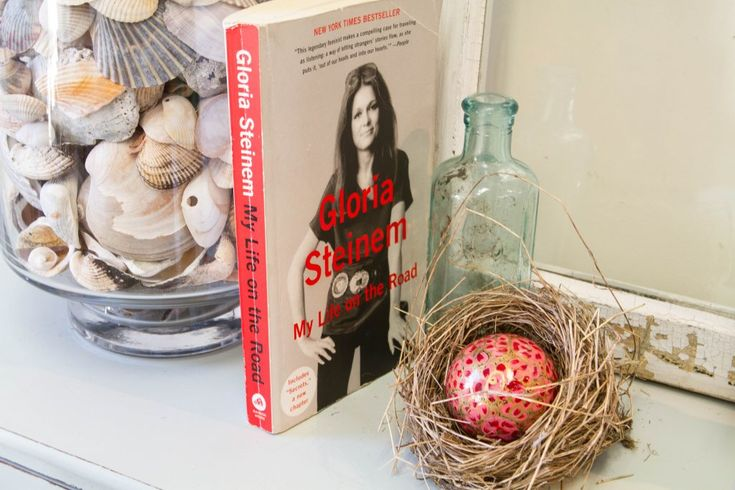 L2T Book Club: The First 100 Pages Gloria Steinem – Laura TWO Tina