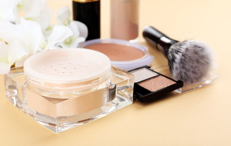Käytätkö vanhentuneita meikkituotteita? Näin ne voivat vaikuttaa ihoosi