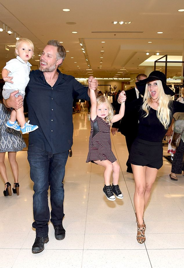 Jessica Simpson's Kids Are Adorable as They Attend Mom's Fashion Show in Los Angeles?See the Cute Pics!