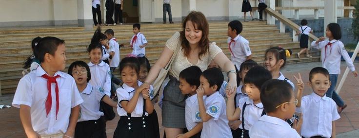 Melanie with her students in Vietnam
