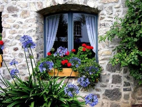 Whimsical Raindrop Cottage, nanyaraujo68: nany araujo