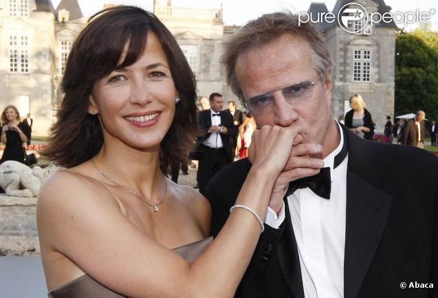 Christophe #Lambert et Sophie #Marceau ; terriblement #romantiques lors de la #Fête de la #Fleur (Gironde, le 25 juin 2009)