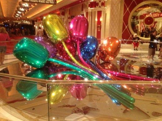 Jeff Koons - Tulips at the Wynn in Las Vegas