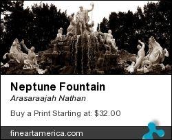 Neptune Fountain in Schönbrunn Palace.