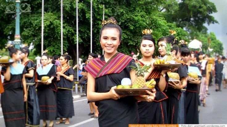 wacananusantara.org   Sejarah dan Tradisi Suku Sasak, Lombok NTB.