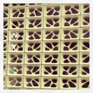 Esses blocos vazados. | 23 imagens que vão te levar diretamente para a casa da sua avó