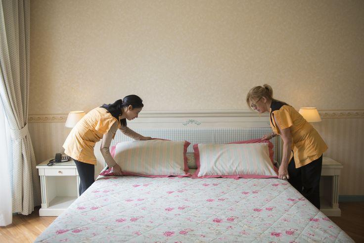 Ecco chi si occupa delle vostre camere nel nostro Hotel : Giovanna e Hlima si occupano della pulizia in Hotel  www.hotel-posta.it