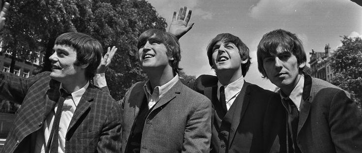 Foto's: 75ste verjaardag John Lennon