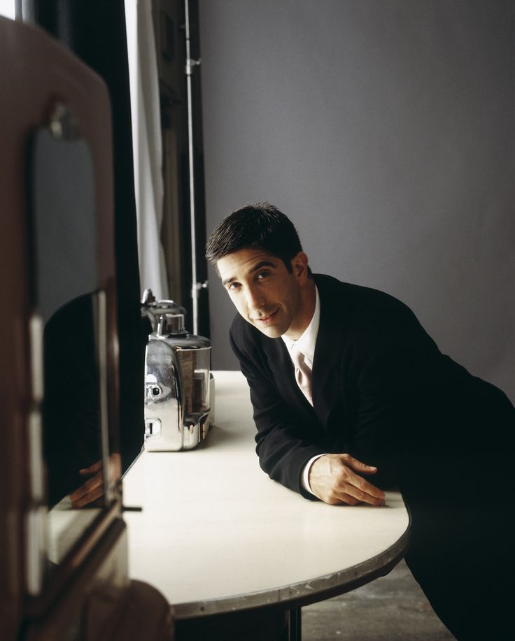 "Friends S2 David Schwimmer as ""Ross Geller"""