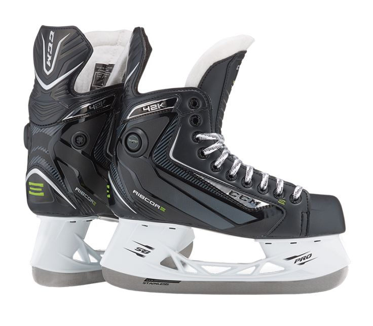 RIBCOR 42K SKATE Feedback is at the core of every great change. Consulting with CCM's Pro Team has led directly to the advancements found in the CCM Ribcor skate line. The goal was to generate a bette
