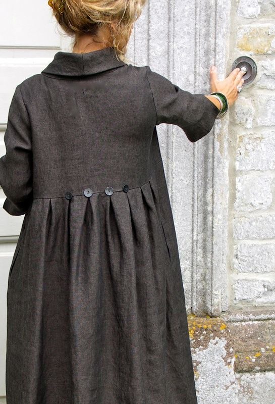 linen duster, love the buttons   from british designer terry macey