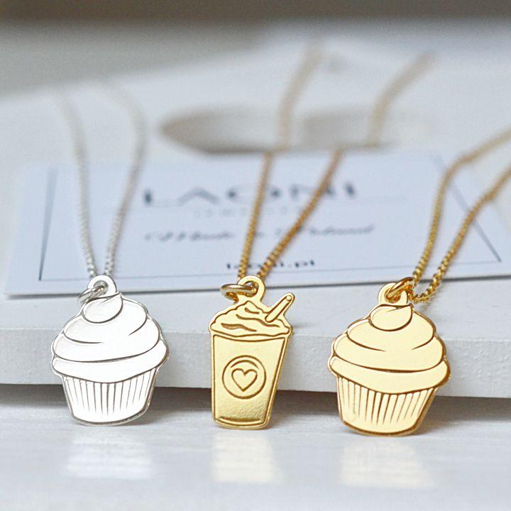 Bransoletka z muffinką. Zobacz na: https://laoni.pl/zlota-bransoletka-celebrytka-muffinka #biżuteria #bransoletka #muffinka #złota #srebrna