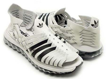 【物欲スニーカー】adidas OBYO Jeremy Scott JS MEGA SOFT CELL SANDALS [WHITE/BLACK] (V22821) 人気スニーカー