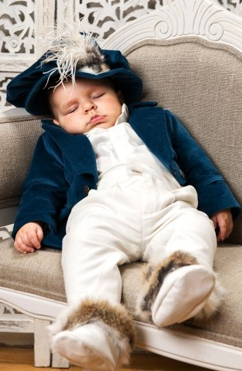 """Christening suit for baby boys, with cute velvet hat: """"Toulouse""""."""